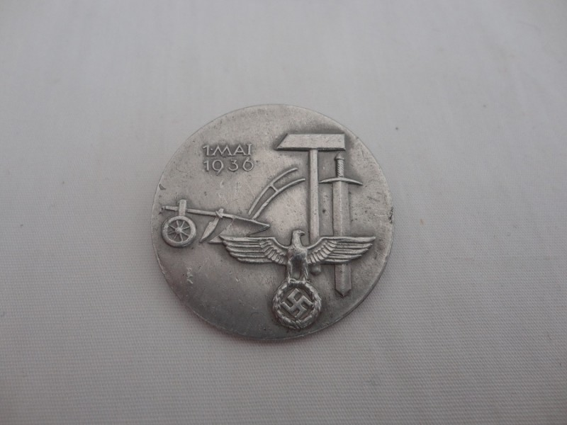 WW2 German May Day Badge