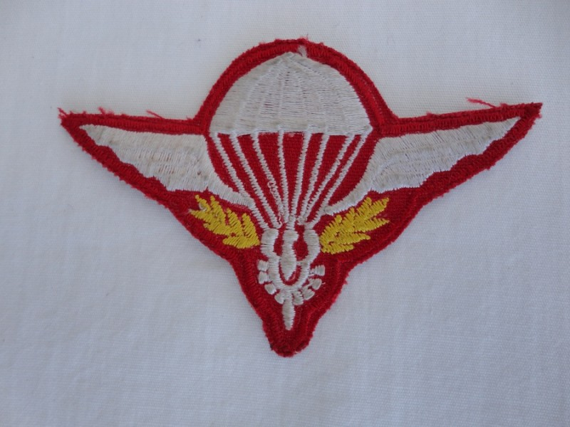 LAOS Parachute Regiment Badge