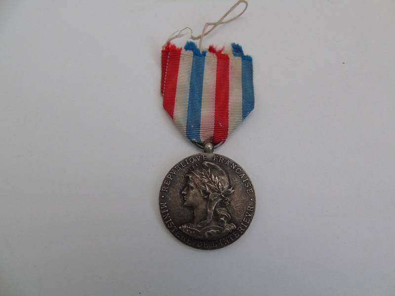 French Ministry Medal