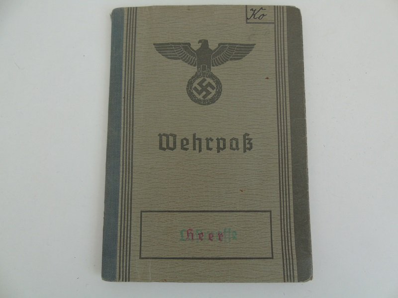 WW2 German Wehrpas