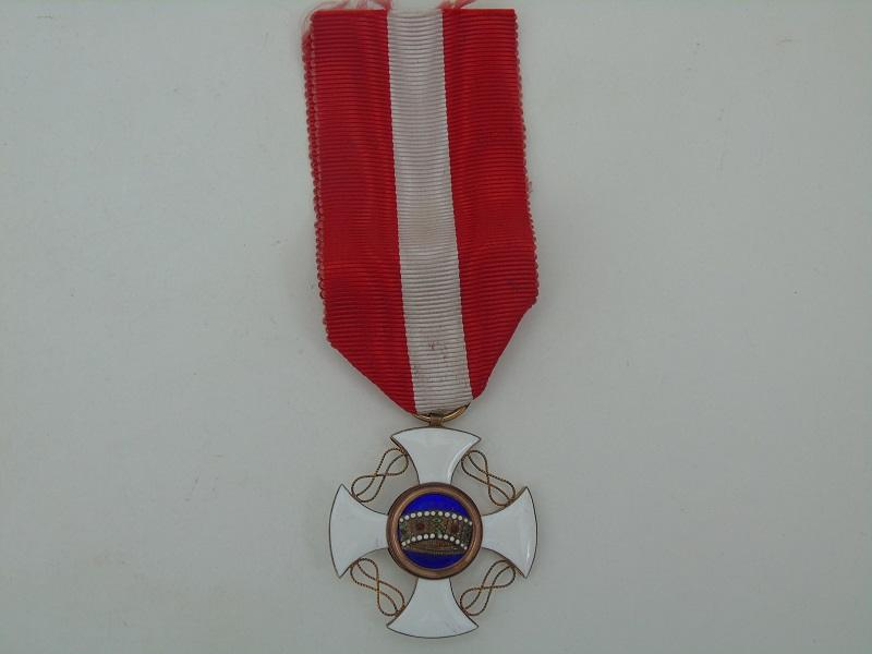 Italian Order Of The Crown