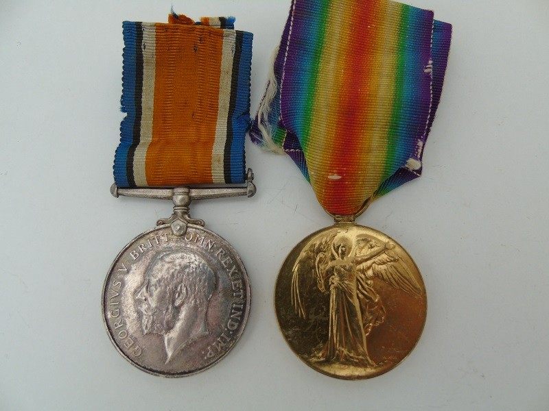 WW1 Pair Wills Som LI