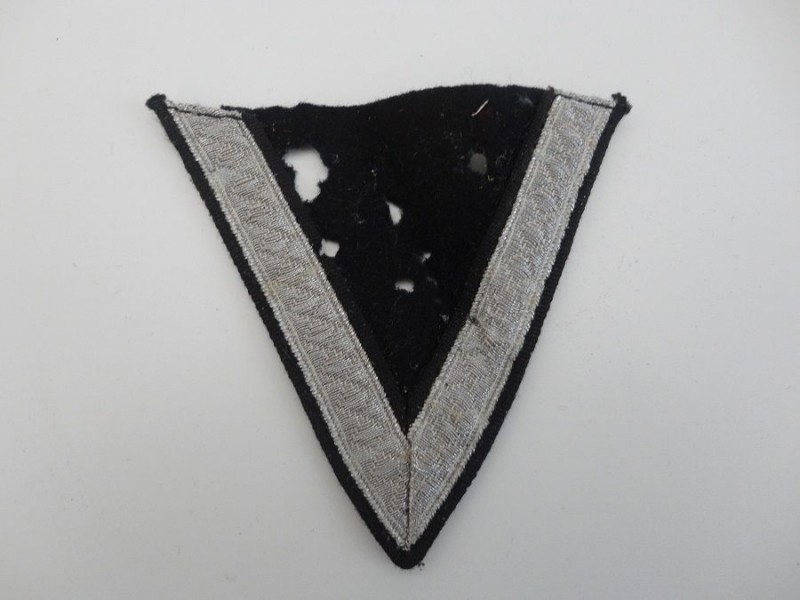 WW2 SS Chevron Badge